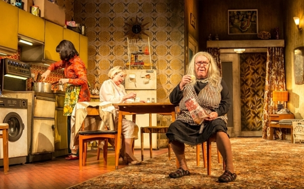 YER GRANNY National Theatre of Scotland  MAY 2015 Photographer credit: Manuel Harlan HANDOUT .... Maureen Beattie (L), Barbara Rafferty (C) & Gregor Fisher (L)