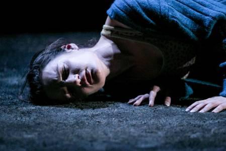 Aoife-Duffin-in-A-Girl-is-a-Half-Formed-Thing-by-Eimear-McBride-dir-Annie-Ryan-Traverse-1-Edinburgh-6-30th-Aug-15-1