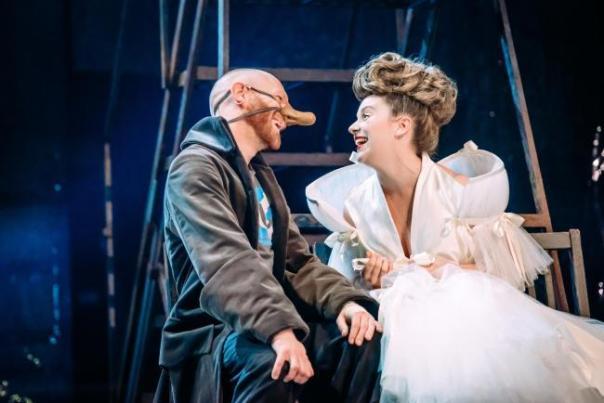 Cyrano 1 - Brian Ferguson and Jessica Hardwick - Credit Mihaela Bodlovic.jpg.gallery.jpg