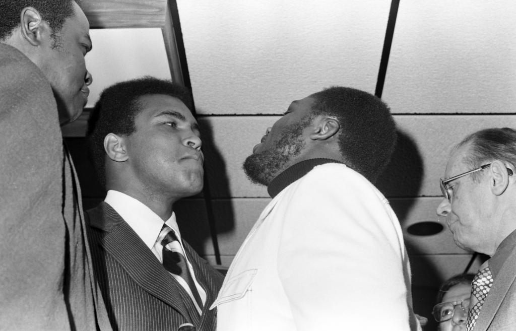 Muhammad-Ali-and-Joe-Frazier-press-conference.jpg